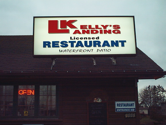 Kelly's landing Restaurant Picture
